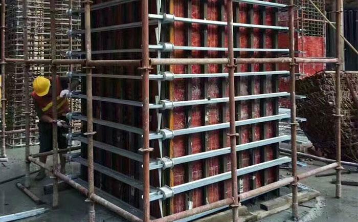 方柱卡箍厂图片